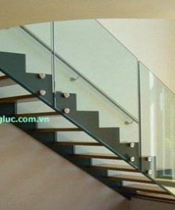 Cầu thang kính 12li