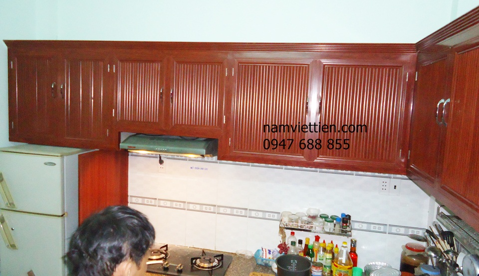 tu bep bang khung nhom kinh - Làm tủ bếp nhôm kính đẹp giá rẻ TPHCM