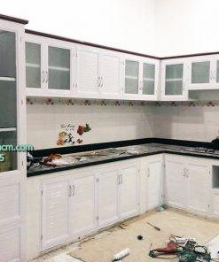 Tủ bếp nhôm kính sơn tĩnh điện giá rẻ